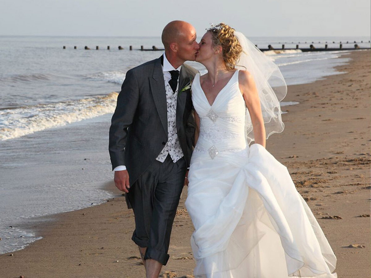 Skegness beach weddings